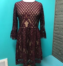 Dress Burg Bell Sleeve Lace Dress