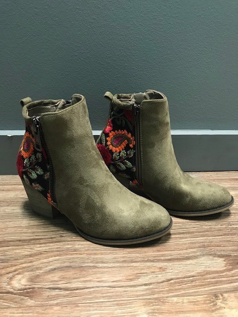 Boot Taupe Embroid Ankle Booties