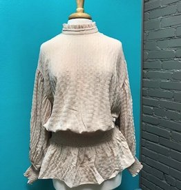 Long Sleeve Blush Puffy Embroid Sleeves Top