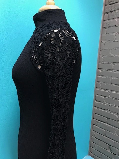 Long Sleeve Blk Mock Neck LS Lace Sleeves