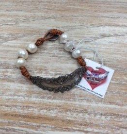 Accessory Ornate Plate Bracelet