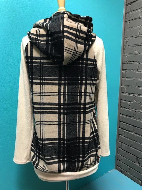 Long Sleeve Blk Plaid Hooded LS