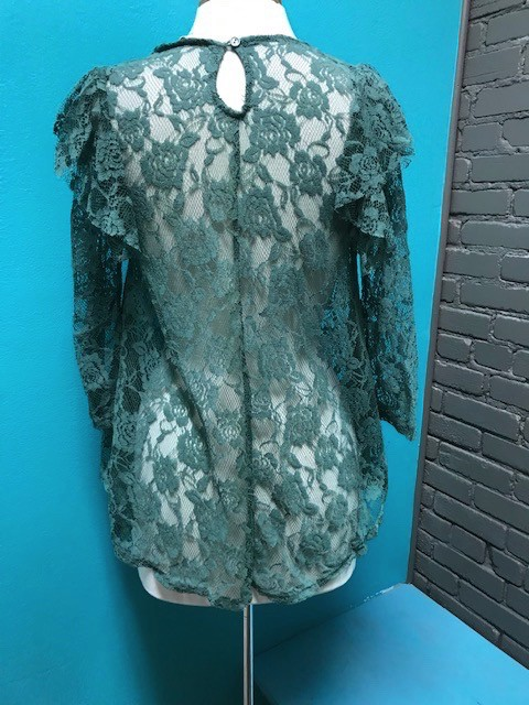 Top Seafoam Sheer Lace 3/4 Top