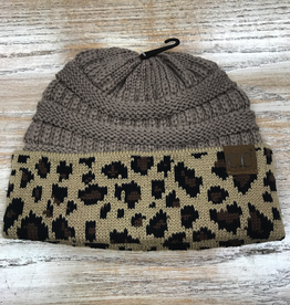 Beanie Taupe Beanie with Leopard print