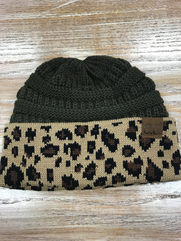 Beanie Olive Beanie with Leopard print