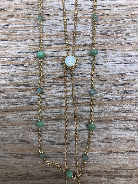 Jewelry Teal Beaded Necklace w/ Opal Colored Bead