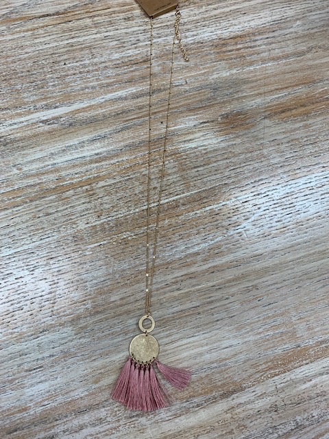 Jewelry Gold Disc w/ Mauve Tassel Necklace