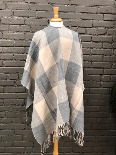 Poncho Grey Checkered Poncho