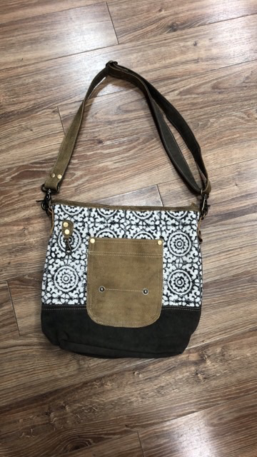 Bag Pivot Print Shoulder Bag