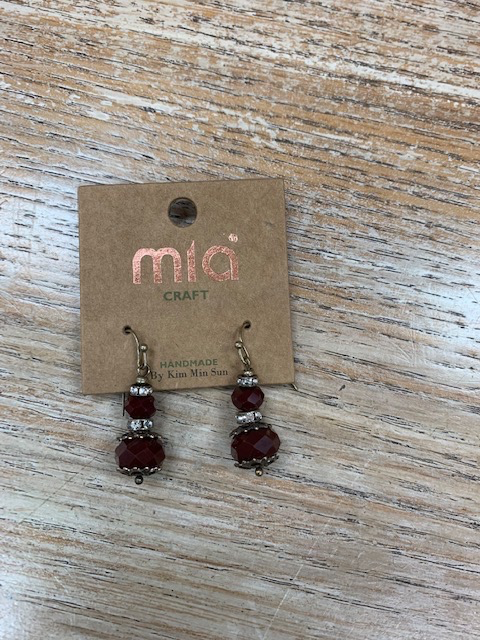 Jewelry Burgundy Glass Dangle Earrings
