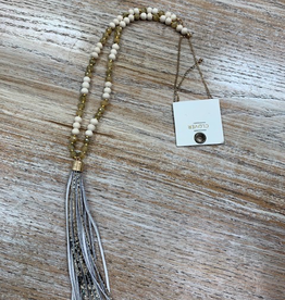 Jewelry Beaded Necklace w/ Snake Tassel