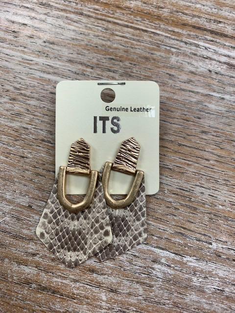 Jewelry Snake Print Shaped Earrings