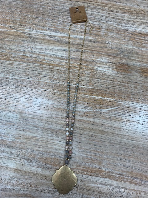 Jewelry Gold Pendant Gray Pink Bead Necklace