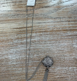 Jewelry Silver Flower Locket Necklace