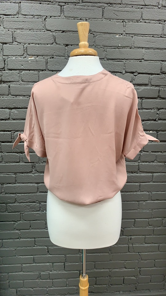 Blouse Tina Tie Sleeve Top w/ Front Pockets