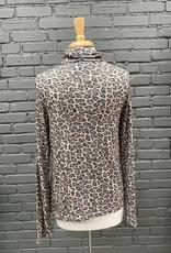 Long Sleeve Shiloh Leopard Turleneck