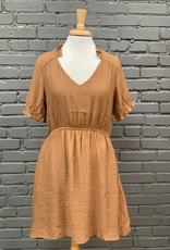 Dress Tia Short Sleeve w/ Ruffle Neck Dress