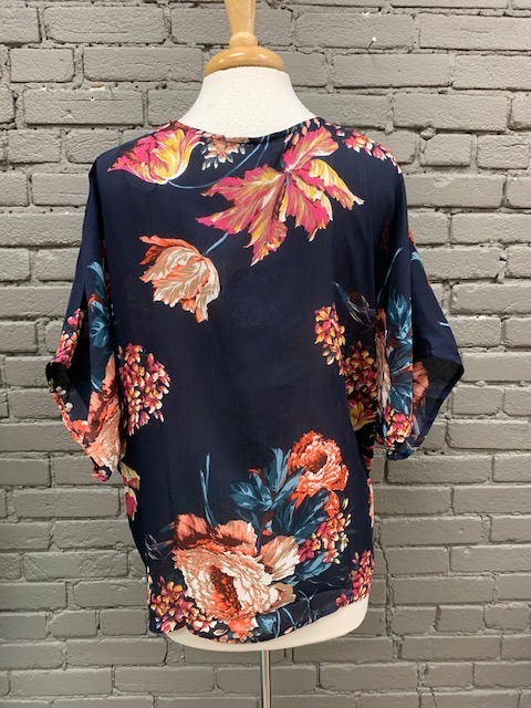 Top Addy Floral Knot Top