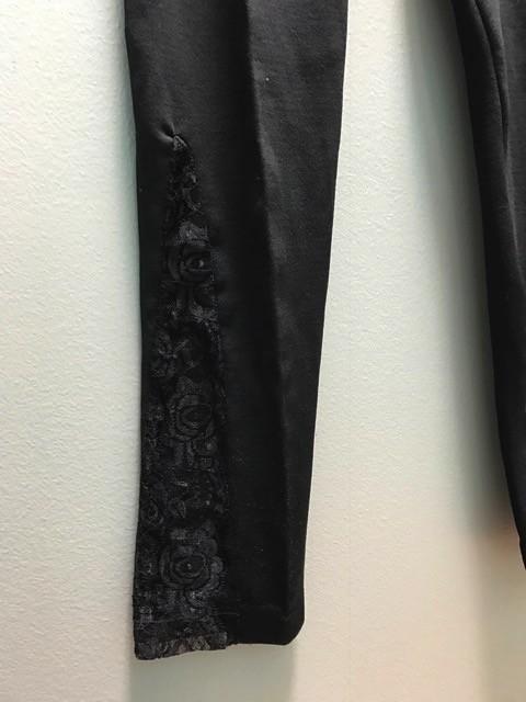 Leggings Black Leggings w/ Lace Bottoms
