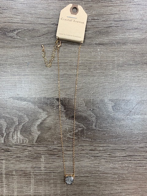 Jewelry Gold Zebra Gem Necklace