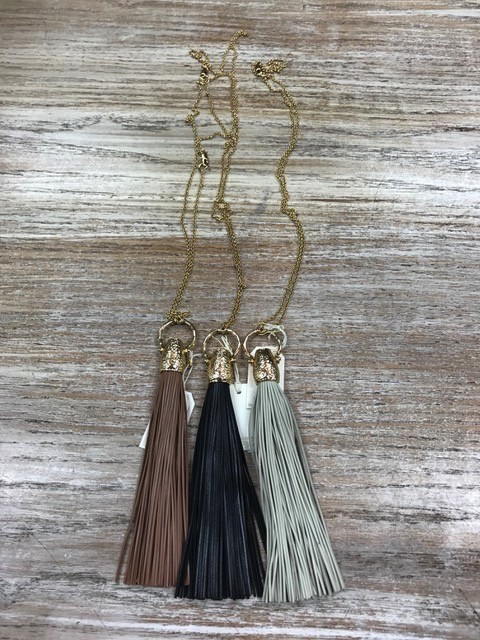 Jewelry Leather Tassel Necklace