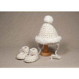 Padraig Newborn Baby Gift Set with Hat and Booties by Padraig Cottage