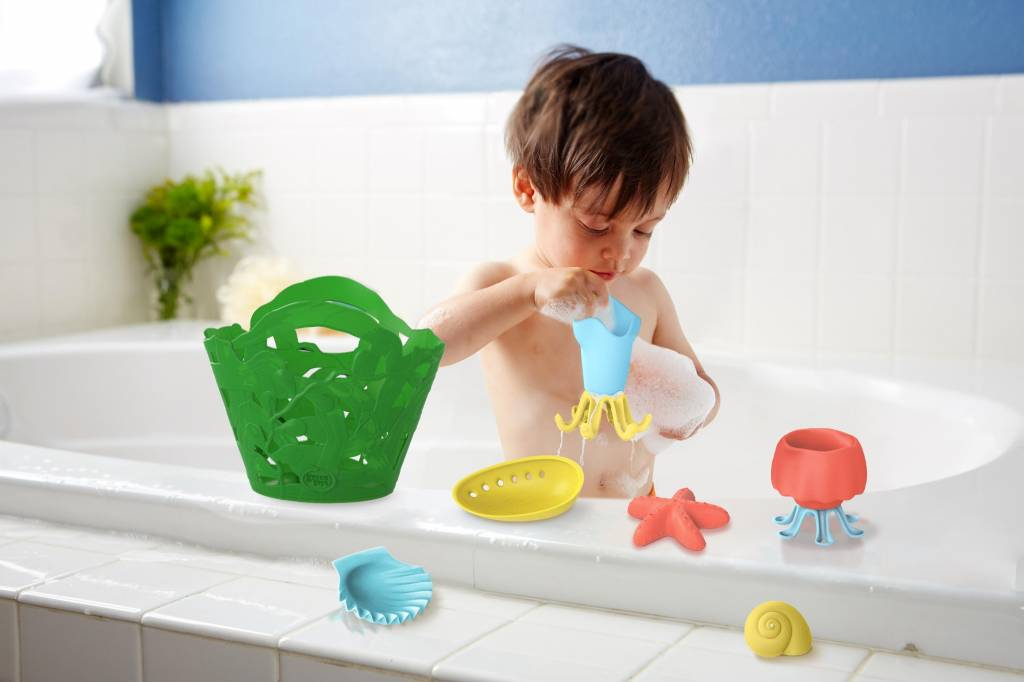 Green Toys Tide Pool Bath Set by Green Toys