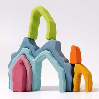 Grimms Cave Arch Stacker (7 pieces) by Grimms