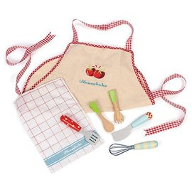 le toy Apron & Utensil set by Le Toy Van