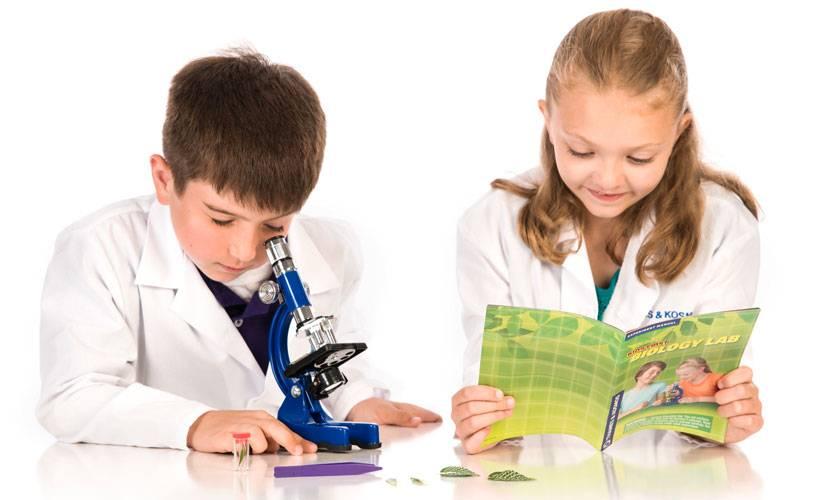 Thames & Kosmos Kids First Biology Lab Kit