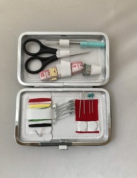 Glam'r Gear Glam'r Gear Pocket Sewing Kit
