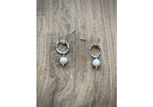 Small Circle Pearl Drop Earrings