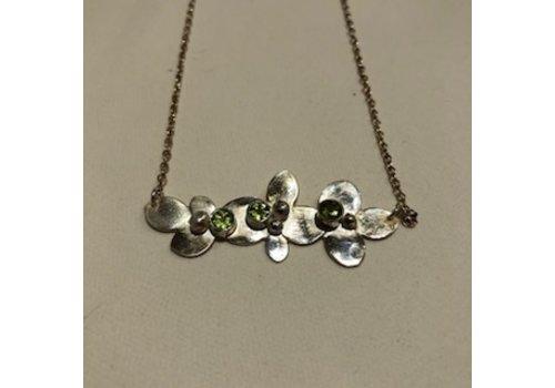 Tina Dinsmore Peridot Bouquet Necklace