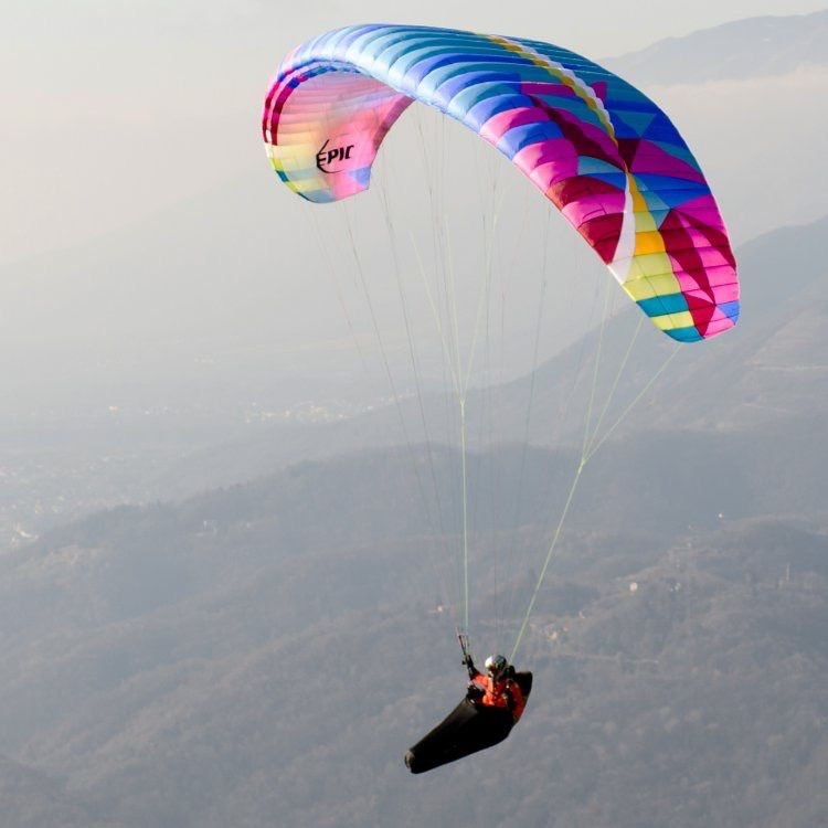 BGD BGD EPIC - The ideal paraglider for your first big flights, and a fun all-rounder for seasoned pilots.
