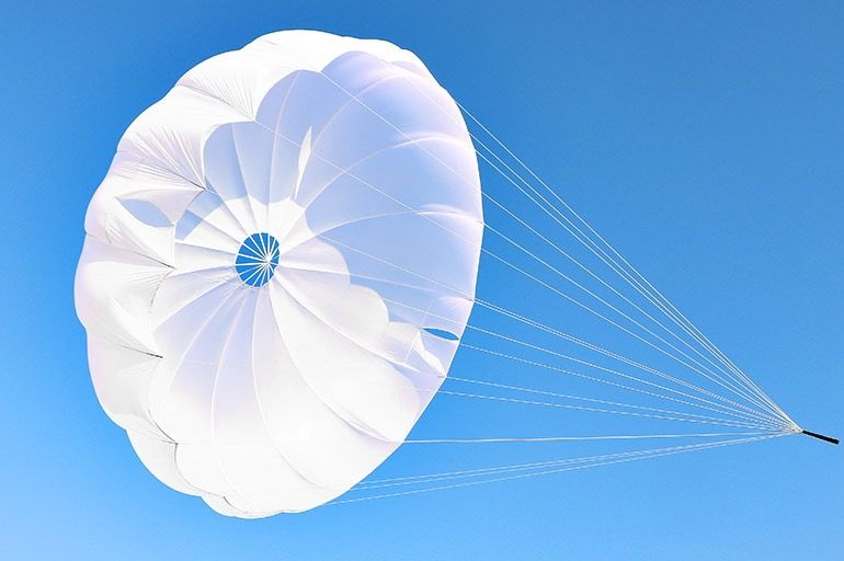 GIN The G-lite is an annular pulled-down apex rescue parachute for paraglider and paramotor pilots.