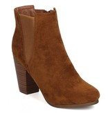 Gail Boots