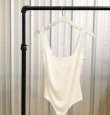 Simple Scoop Neck Body Suit
