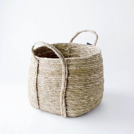 Woven Basket w/ Handle -Medium