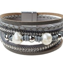 Sweet Lola Leatherette, fresh water pearls Bracelet