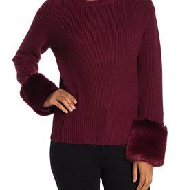 Love Token Love Token Faux Fur Cuff Knit Sweater Sz M