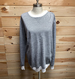 Vestige Vestige Grey White Trim Sweater Size L