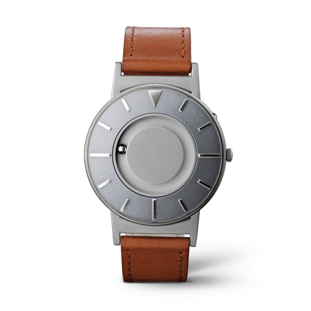 Eone Eone Watches - The Bradley Voyager // Silver