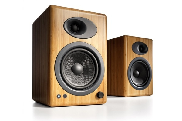 Audioengine Audioengine A5+ Powered Bookshelf Speakers-Bamboo (Pair)