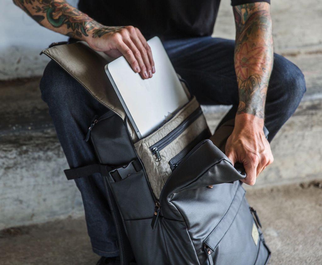 HEX HEX DSLR Backpack
