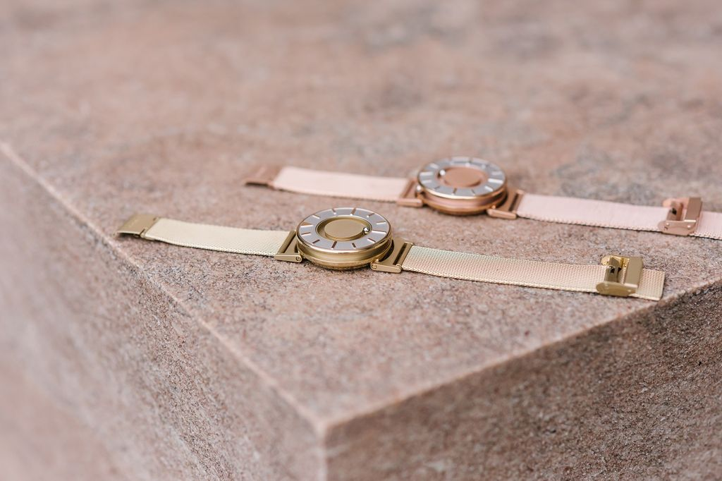 Eone Eone Watches - The Bradley Mesh // Gold