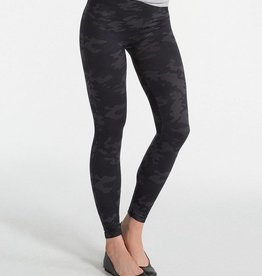 "ONLY ACCESSORIES Spanx ""Look At Me Now"" Seamless Leggings"