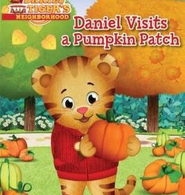 Simon Spotlight DANIEL VISITS A PUMPKIN PATCH