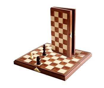 "11"" MAGNETIC CHESS SET"