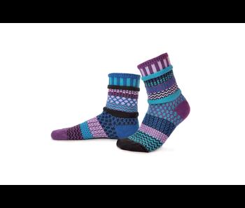 Solmate Socks Adult Crew Raspberry Small
