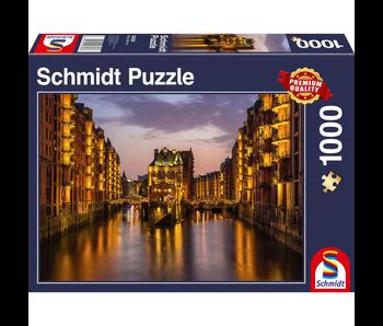 SCHMIDT PUZZLE 1000: HAMBURG - NIGHTFALL IN THE WAREHOUSE DISTRICT